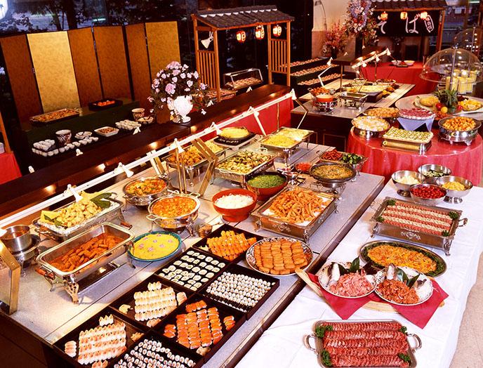 top-10-nha-hang-buffet-toi-ngon-nhat-o-tpHCM-anh-2